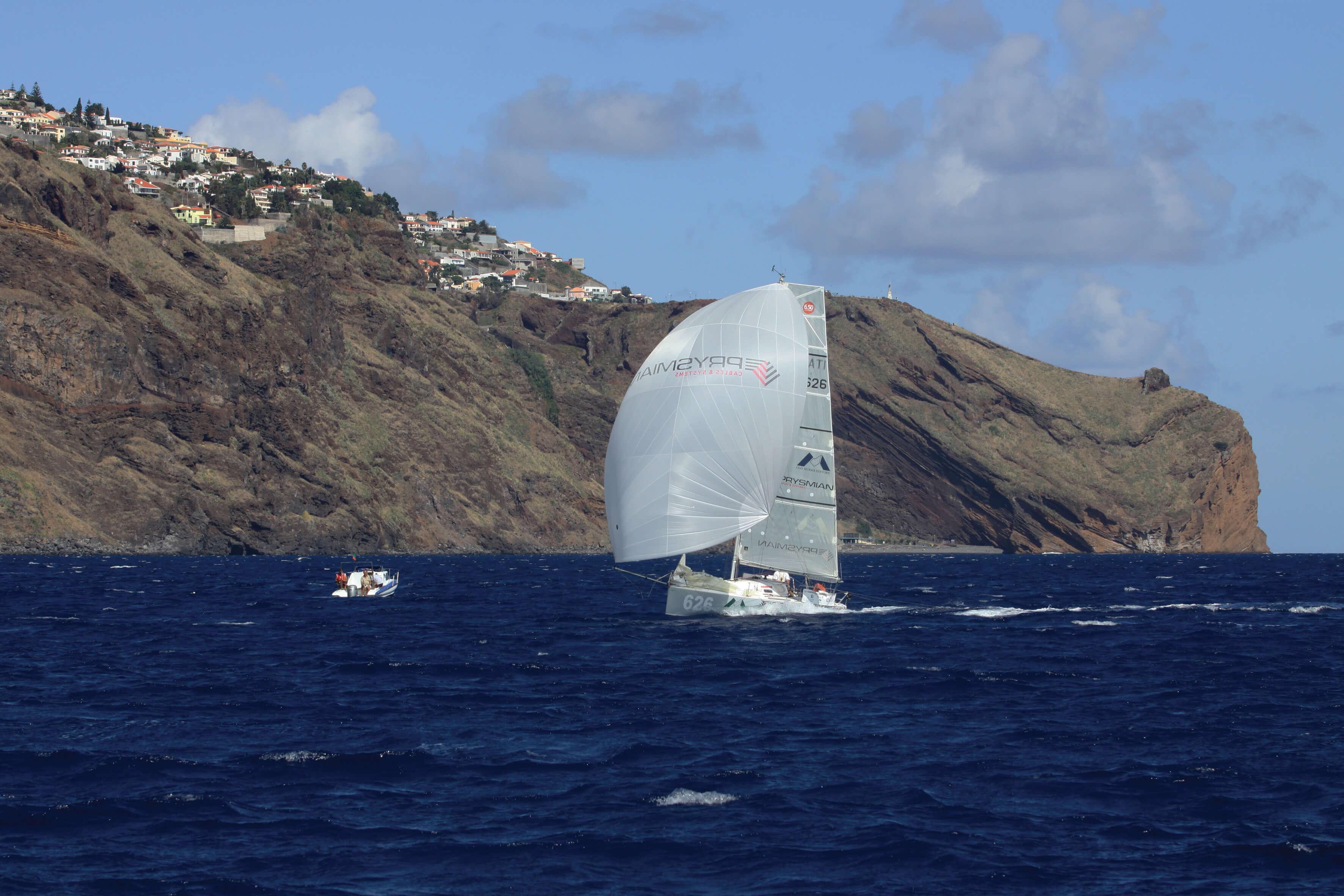 PEDOTE626-2009-TRANSAT 02 Arrival Madeira-ph Christophe BRESCHI